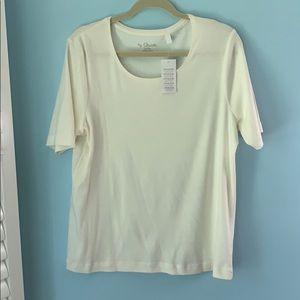 Chico's Outlet basic top. Ecru color. Sz 3 (XL)